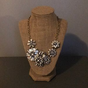 Ann Taylor Loft Flower Necklace