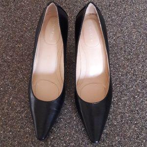 Calvin Klein heels size 5!