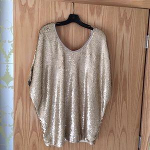 Rachel Zoe - Dolman sleeve matte sequins top.