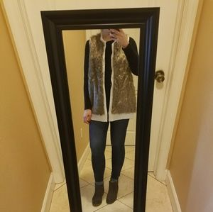 Knitted fur vest NEW