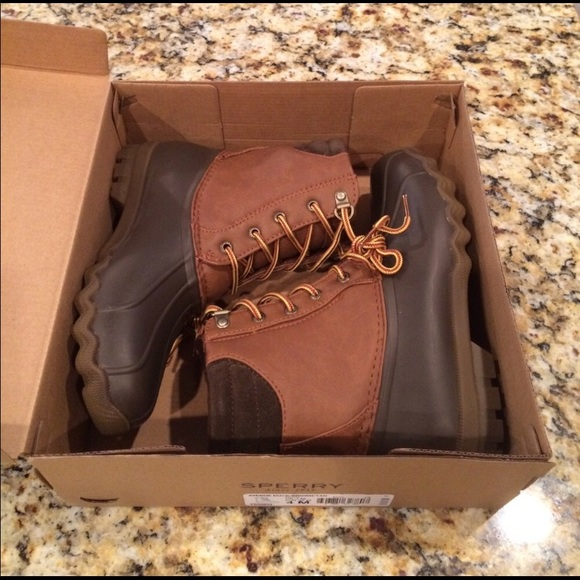 4743ad32e17 Sperry Big Kids Avenue Duck boots