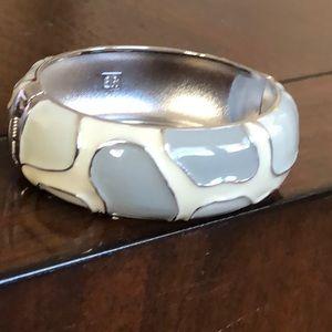 Chunk cuff bracelet