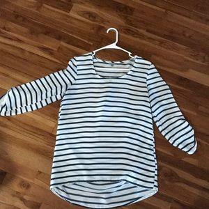 Charlotte Russe quarter sleeve blouse