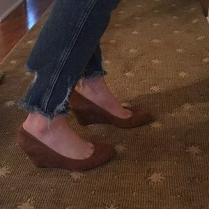 Via Spiga Tan Wedge Heel size 8. Like new!
