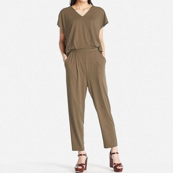 cba6893c30bc Uniqlo Olive Jersey Short-Sleeve Jumpsuit NWOT. M 5a2da2e9bcd4a754a20033f8