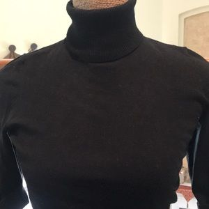 WHBM fitted turtleneck