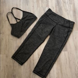 Old Navy Workout set Yoga bra and cropped leggings