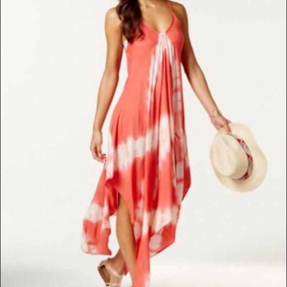 c976c27af4 Raviya Tie-dye Handkerchief Maxi Dress Cover-up. M_5a2da54399086a88cd003229