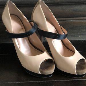 Jessica Simpson peep toe platform heels size 37/7