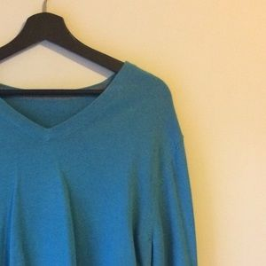 Beautiful Vintage Turquoise Men's Sweater