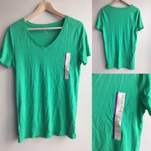 NWT💕merona short sleeve tee shirt v neck