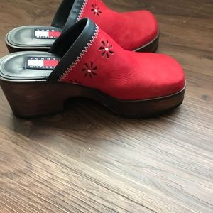 235d677b46bb6e Tommy Hilfiger Shoes - Tommy Hilfiger Daisy Suede Red 90s Clogs