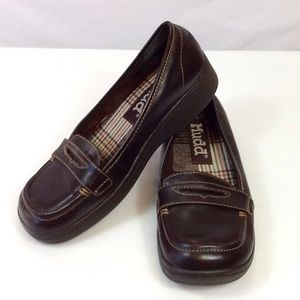 Mudd women's winger slip-on loafers
