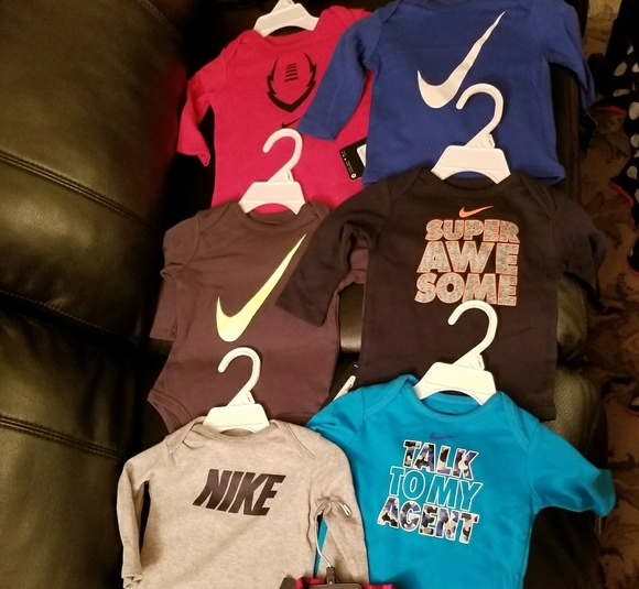 Baby boy Nike bundle size 3 to 6 months