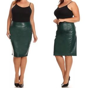Dresses & Skirts - Plus Green Faux Leather Fitted Pencil Skirt