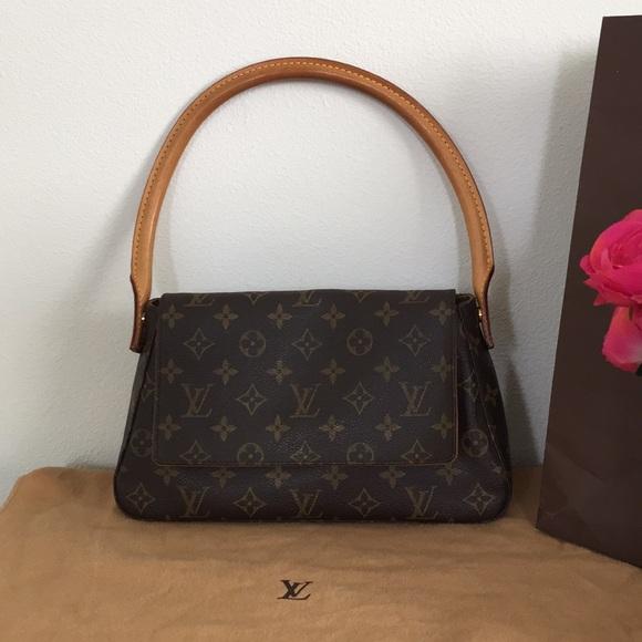 332691c155c7 Louis Vuitton Handbags - Louis Vuitton monogram mini looping bag