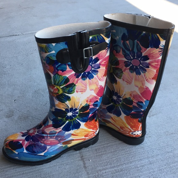 TWO Nomad Womens Drench Colorful Pattern Print Waterproof Rain Boots
