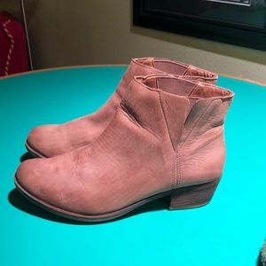 Lucky Brand Brown Suede Heeled Ankle Boots sz 8