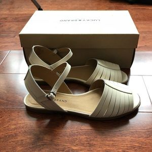 NEW Lucky Brand White Leather Sandals (8M)