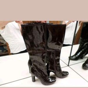 BCBGirls Hot shiny patent like chunky heel boots