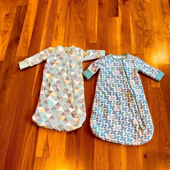 boppy Pajamas   Set Of 2 Bobby Sleep Gowns Size 6 To 9 Months   Poshmark