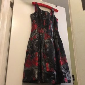 Jones New York Beautiful floral dress, C