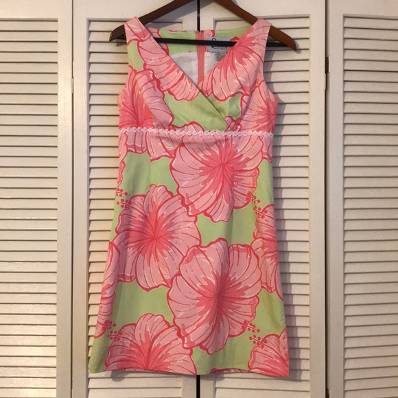 Lilly Pulitzer Dresses & Skirts - Lilly Pulitzer pink and green sundress! Size 2