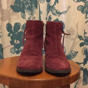 American Eagle Double Zip suede booties