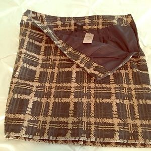 Ann Taylor Slim Skirt, Grey w/Beige   Sz 6P. NWT