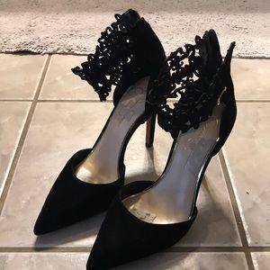 Jessica Simpson pumps