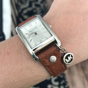 Leather strap silver Michael Kors watch
