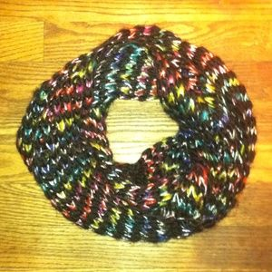 Accessories - NWOT Knit Infinity Scarf