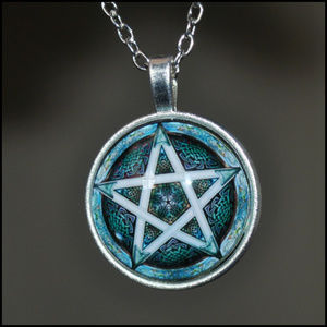 Jewelry - Silver Blue Pentagram Dome Necklace