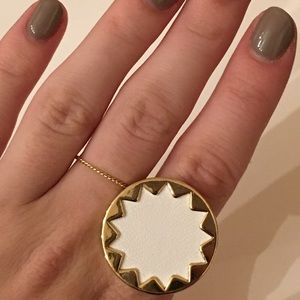 House of Harlow 1960 White & Gold Starburst Ring