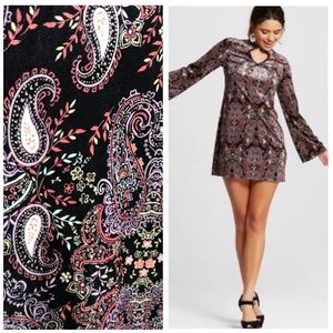 NWT Paisley Velvet Chocker Shift Dress