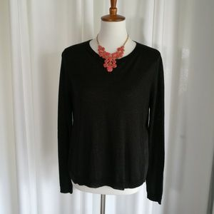 Forever 21 Long Sleeve Hi-Low Sweater Size Medium