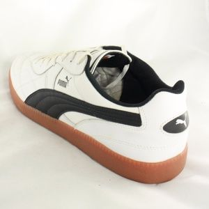 63984be826f8 Puma Shoes - NEW PUMA Esito Classic Sala Soccer Shoes