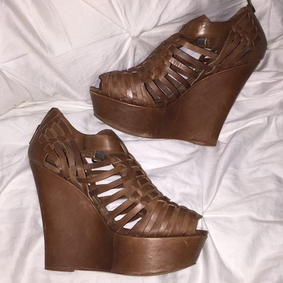 "utterly stylish crazy price super quality Steve Madden ""WREN"" leather wedge"