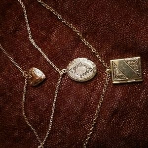 Jewelry - Tri-locket necklace