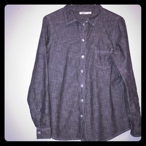 🌹old navy gray chambray button up🌹