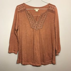 [Lucky Brand] V Neck Embroidered Top