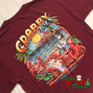 🎅🏼 20% OFF | vtg// maroon crabby joe's tshirt