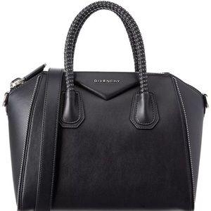 Givenchy Antigona - Studded