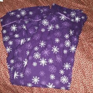 Gilligan & O'Malley Purple Snowflake Flannel Pants