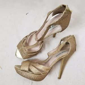 STEVE MADDEN HIGH HEEL GOLD SANDALS