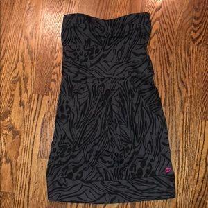 Juniors billabong grey/black dress.  XS