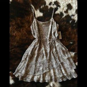 Bisou Bisou Leopard Print Dress Size 4