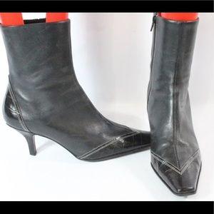 Kelly & Katie Ladies Black Heel Boots Sz. 9.5.