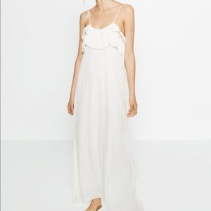 White long dress with frill