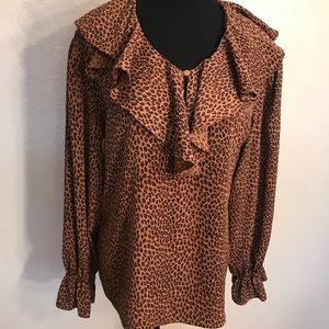 Vintage Tops - Adorable vintage leopard ruffled blouse top
